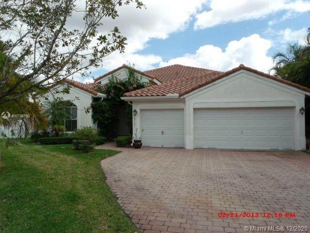 16701 SW 38th St, Miramar, FL 33027 (MLS #A10748750) :: Green Realty Properties
