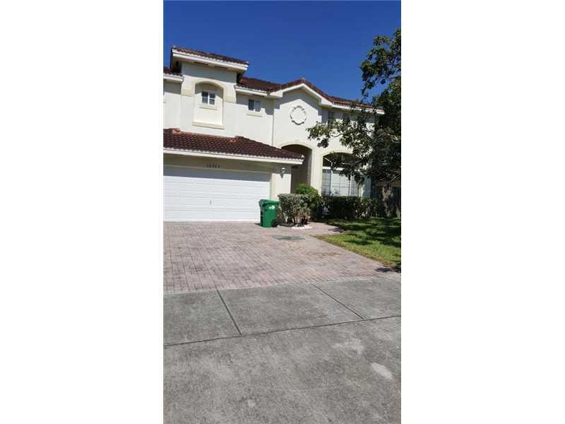 Miami, FL 33170 :: United Realty Group