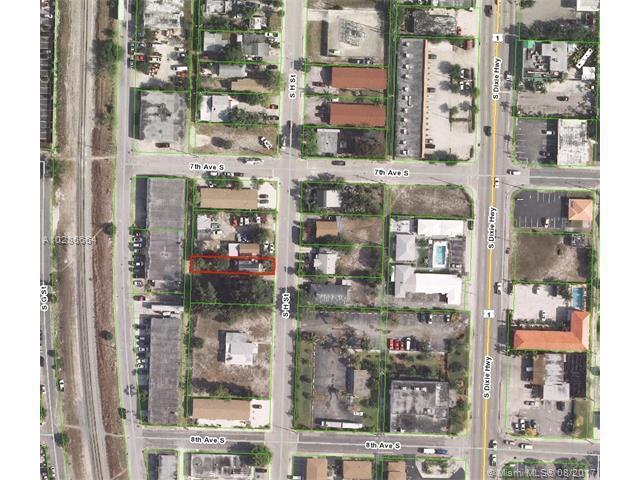711 S H St, Lake Worth, FL 33460 (MLS #A10286664) :: The Teri Arbogast Team at Keller Williams Partners SW
