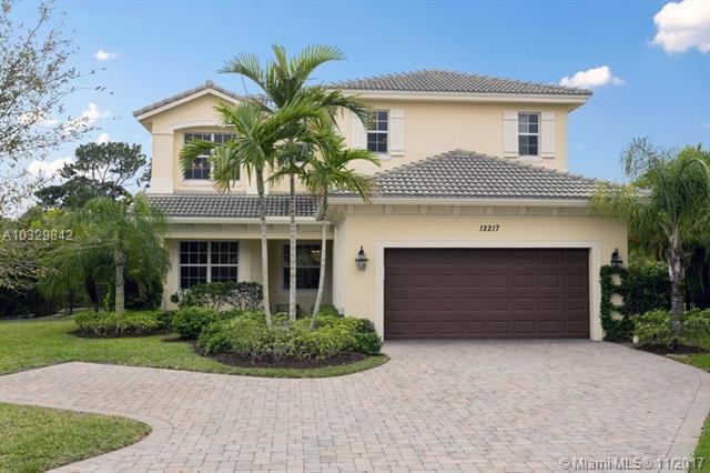 12217 Aviles Circle, Palm Beach Gardens, FL 33418 (MLS #A10329842) :: The Teri Arbogast Team at Keller Williams Partners SW