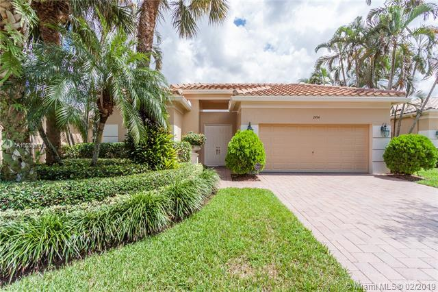 2494 Bay Isle Dr., Weston, FL 33327 (MLS #A10536360) :: The Teri Arbogast Team at Keller Williams Partners SW