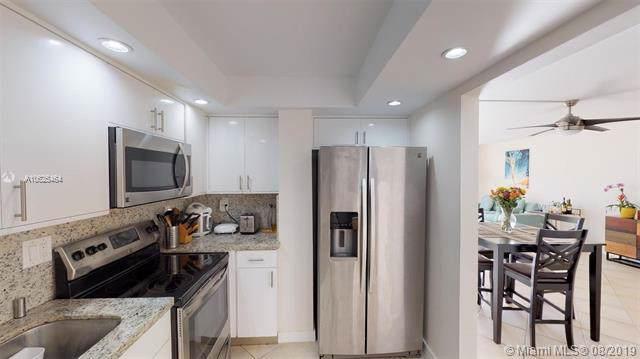 200 178th Dr #708, Sunny Isles Beach, FL 33160 (MLS #A10625464) :: Grove Properties