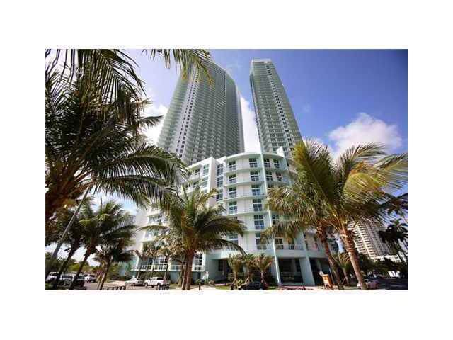 1900 N Bayshore Dr #702, Miami, FL 33132 (MLS #A1831639) :: Green Realty Properties