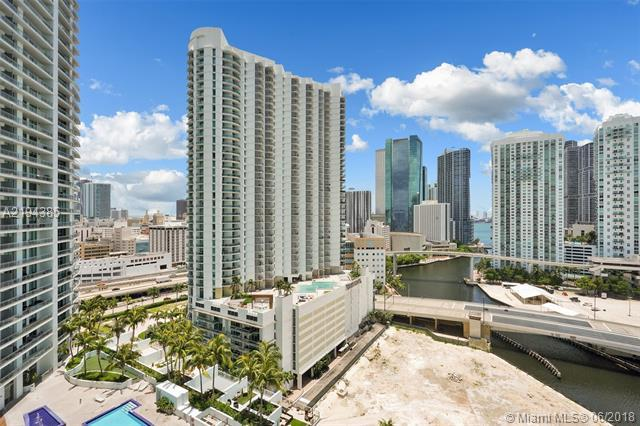 92 SW 3rd St #2110, Miami, FL 33130 (MLS #A2194385) :: The Teri Arbogast Team at Keller Williams Partners SW