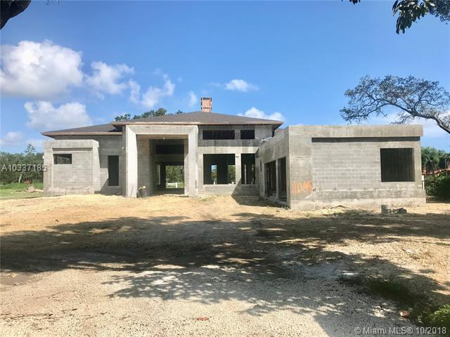 11085 SW 88 Ct., Miami, FL 33176 (MLS #A10337185) :: Green Realty Properties