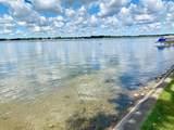 707 Lake Dr - Photo 4