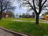 9840 Rosa Parks Boulevard - Photo 1