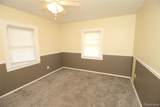 21935 Linwood Avenue - Photo 18