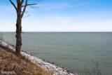 18342 Forest Beach Drive - Photo 13