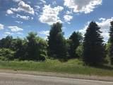 9525 Oak Grove Road - Photo 10