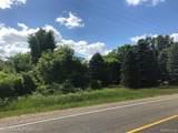 9525 Oak Grove Road - Photo 8