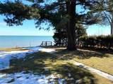 1159 Lakeshore - Photo 4