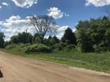 9525 Oak Grove Road - Photo 5