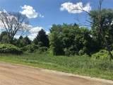 9525 Oak Grove Road - Photo 6