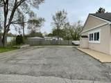 56461 Grand River Avenue - Photo 14