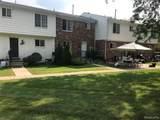 527 Fox Hills Drive - Photo 13