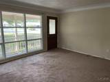 2266 Greenview Dr - Photo 4