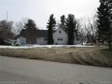 1901 Lakesview Drive - Photo 3