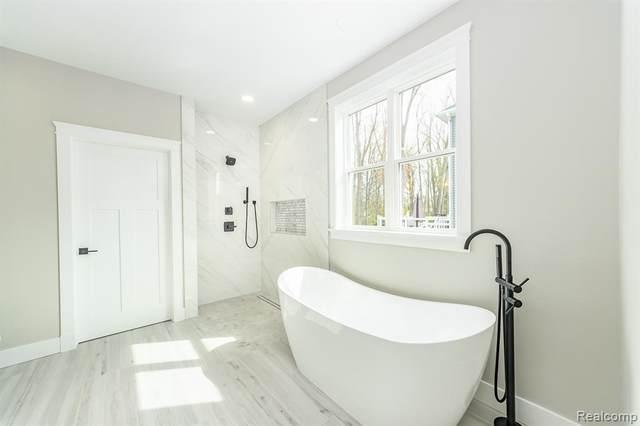 43472 Cottisford Street, Novi, MI 48167 (#217112201) :: Real Estate For A CAUSE