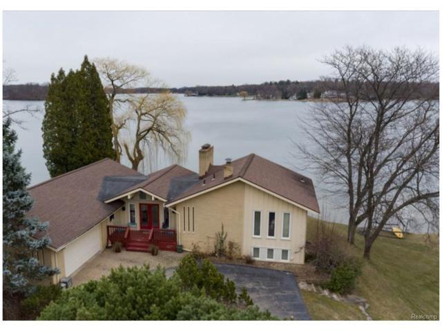 2378 Lake Angelus Lane, Lake Angelus, MI 48326 (#217020409) :: Simon Thomas Homes