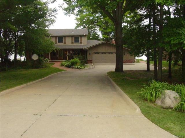 4706 Driftwood Drive, Commerce Twp, MI 48382 (#217046741) :: Simon Thomas Homes