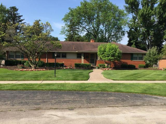 18851 Hillcrest Street, Beverly Hills Vlg, MI 48025 (#217050165) :: Simon Thomas Homes