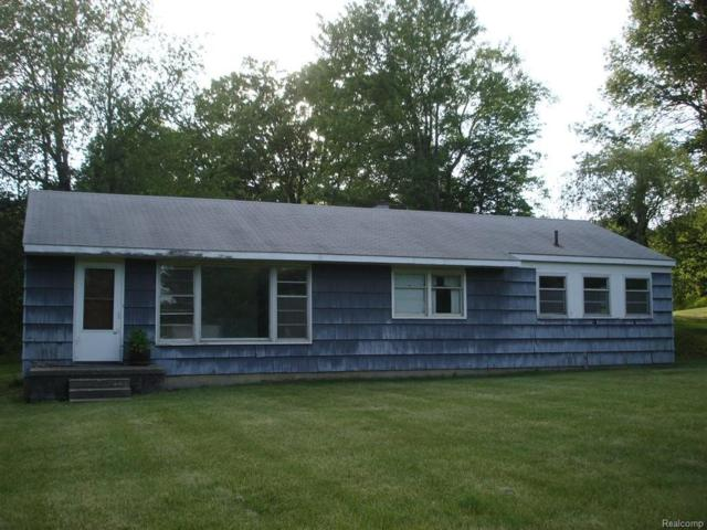 7165 Sashabaw Road, Independence Twp, MI 48348 (MLS #217050458) :: The Toth Team