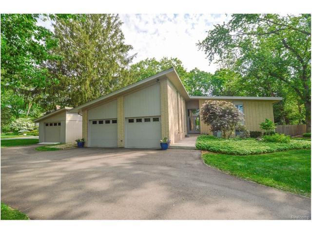 24642 Riverwood Drive, Franklin Vlg, MI 48025 (#217051309) :: Simon Thomas Homes