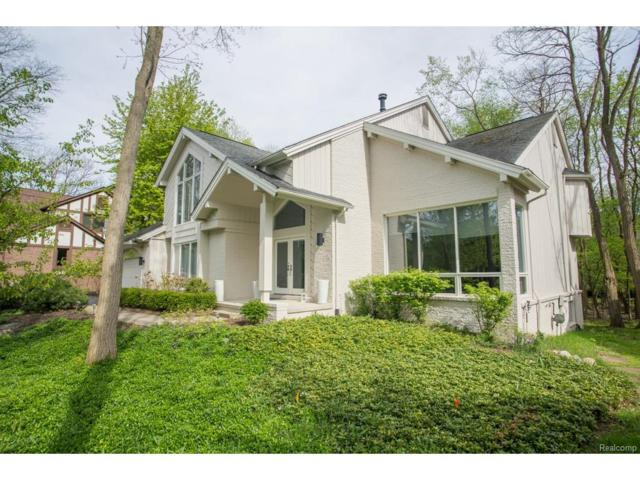 4968 Oak Hollow, West Bloomfield Twp, MI 48323 (#217052629) :: Simon Thomas Homes