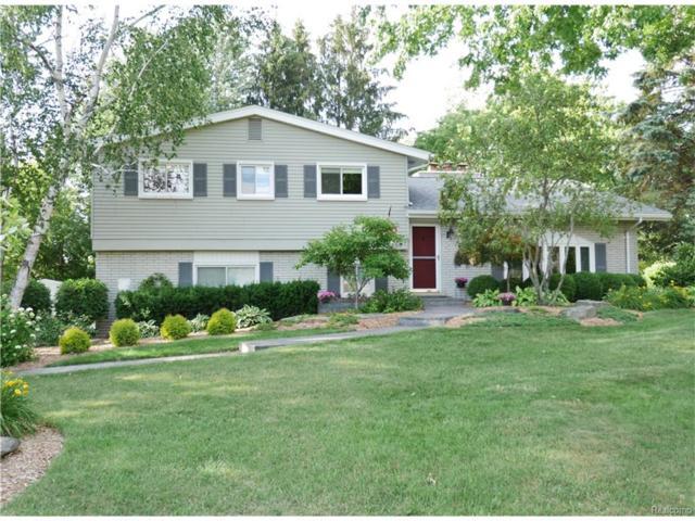 2530 Binbrooke Drive, Troy, MI 48084 (#217054046) :: Simon Thomas Homes