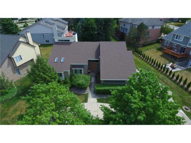 4078 Marlwood Drive, West Bloomfield Twp, MI 48323 (#217054134) :: Simon Thomas Homes