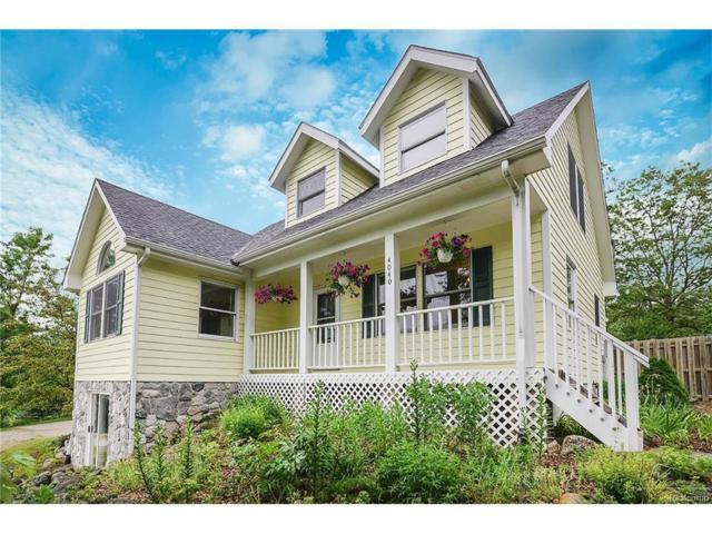 4040 Latourette, Hartland Twp, MI 48353 (#217064680) :: The Buckley Jolley Real Estate Team