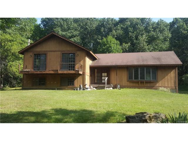 2115 Valley Gate, Milford Twp, MI 48380 (#217071198) :: RE/MAX Classic