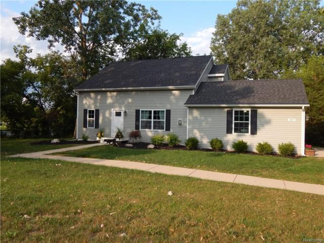 957 Old Plank, Milford Vlg, MI 48381 (#217073168) :: The Buckley Jolley Real Estate Team