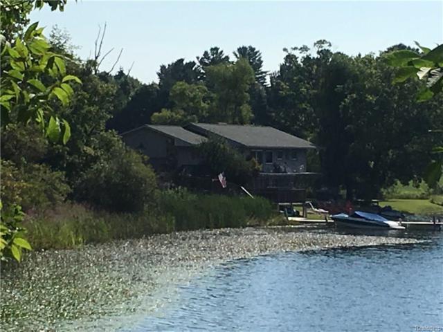 3635 Indian Lake Road, Addison Twp, MI 48370 (#217075099) :: Simon Thomas Homes