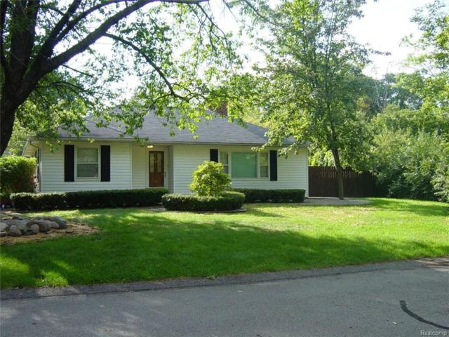 11847 Brownell Avenue, Plymouth Twp, MI 48170 (MLS #217081619) :: The Toth Team