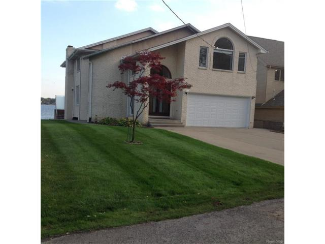 3935 Lake Front Street, Waterford Twp, MI 48328 (MLS #217093198) :: The Toth Team