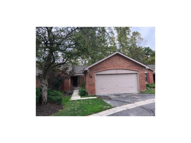 7348 Meadowridge Circle, West Bloomfield Twp, MI 48322 (#217093684) :: RE/MAX Classic