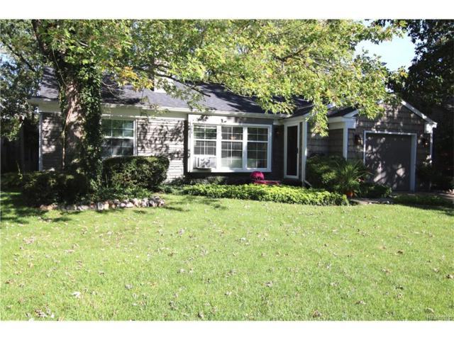 15672 Kirkshire Avenue, Beverly Hills Vlg, MI 48025 (#217094129) :: Simon Thomas Homes