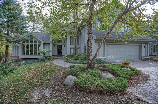 6903 Daventry Woods Drive, West Bloomfield Twp, MI 48322 (#217094852) :: RE/MAX Classic