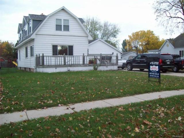 2336 Riverside Drive, Port Huron, MI 48060 (#217096476) :: The Buckley Jolley Real Estate Team