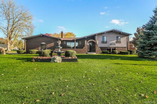 9059 Sandy Ridge Drive, White Lake Twp, MI 48386 (#217098312) :: RE/MAX Classic