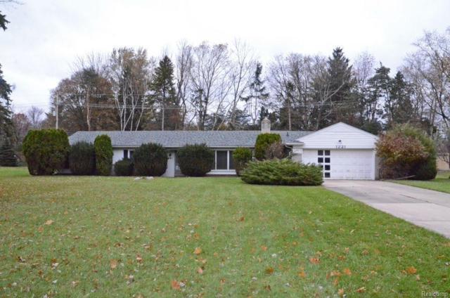 1221 Christian Hills Drive, Rochester Hills, MI 48309 (#217103450) :: RE/MAX Nexus