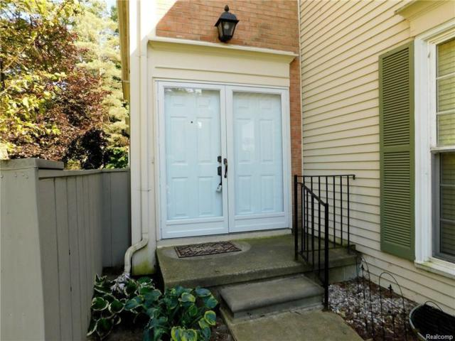 1105 Kings Cove Drive N, Rochester Hills, MI 48306 (#217108543) :: Simon Thomas Homes