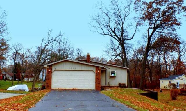 3239 Coventry Drive, Waterford Twp, MI 48329 (#217109374) :: Simon Thomas Homes