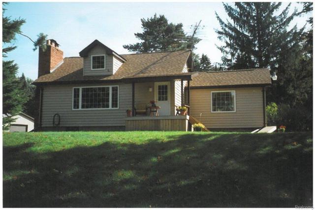 5133 Howard Lake Road, Addison Twp, MI 48367 (#214128980) :: Duneske Real Estate Advisors