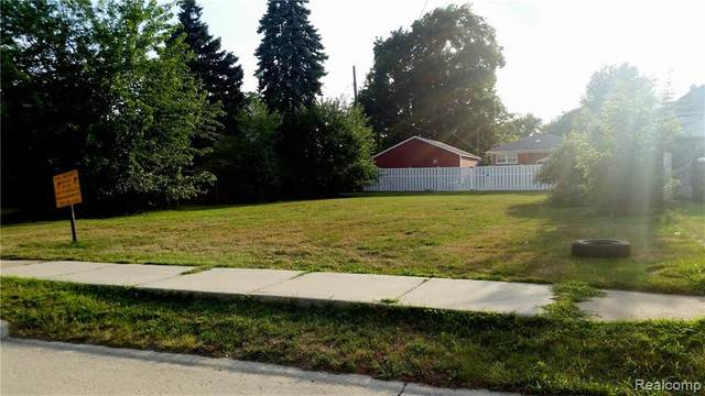 632 Garfield Street, Wyandotte, MI 48192 (#215120265) :: The Alex Nugent Team | Real Estate One