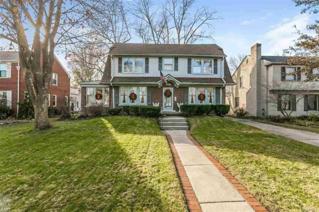917 Lakepointe St, Grosse Pointe Park, MI 48230 (#58031336510) :: Duneske Real Estate Advisors