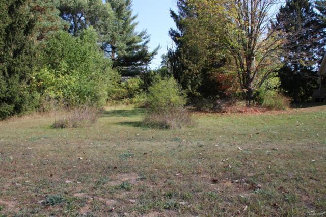 122 Churchhill Downs, Williamston, MI 48895 (#630000221538) :: Duneske Real Estate Advisors