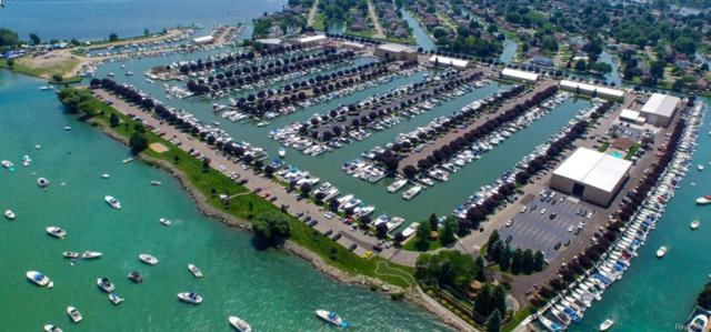 """41700 Conger Bay- 45€""""¢ Condo Boat Slip - Belle Mae, Harrison Twp, MI 48045 (#217111951) :: RE/MAX Classic"""